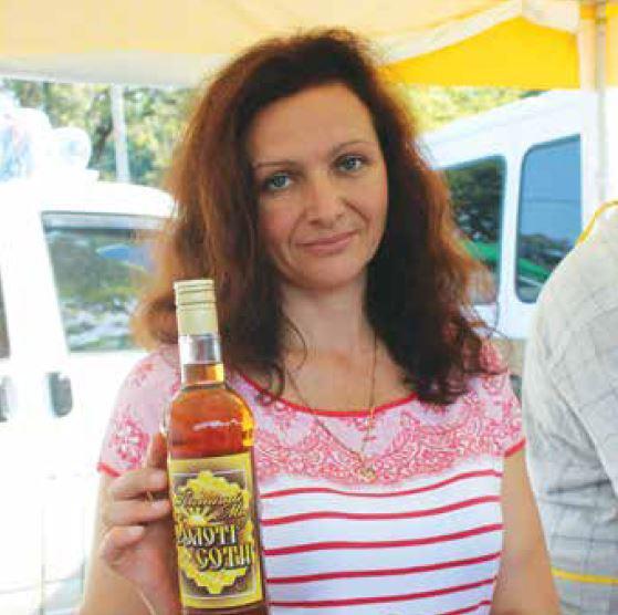 Известный в Украине медовар Наталия Сабашенко из Черниговской области поделилась секретами приготовления уникального медового вина