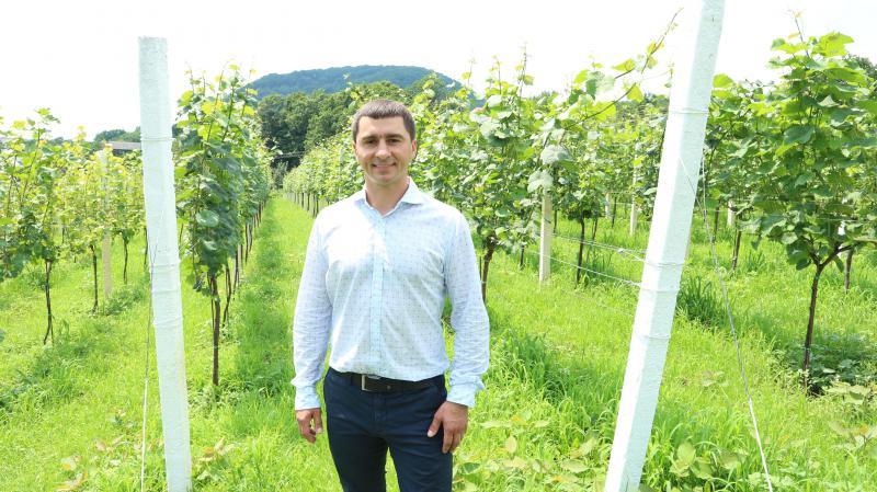 Виноробня нової формації «Винний сад» запрошує у мандрівку чарівним світом вина